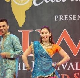 Diw Cute couple teasing Bollywood style