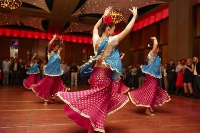 Swirling skirt Bollywood dancer