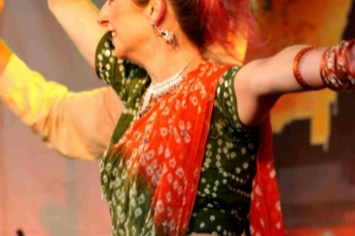 St kilda festival bollywood dancer 9