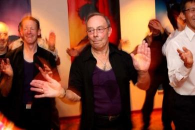 Sway Bollywood men shake it on the dance floor