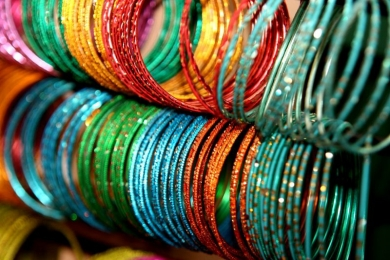Vic Seniors bangles to select