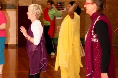 Vic seniors learn bollywood dance steps